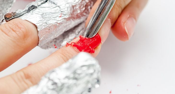 wrapping method remove shellac nail polish
