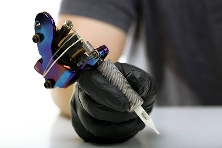 size and shape of the tattoo machine